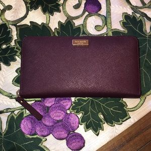 Kate Spade Neda Wallet in Plum